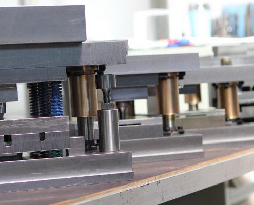 Maszyny - narzędziownia - Sierosławski Group Mielec